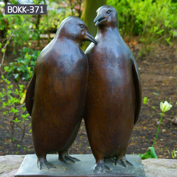 Life Size Customize Walking Bronze Penguin Sculpture for Sale BOKK-371
