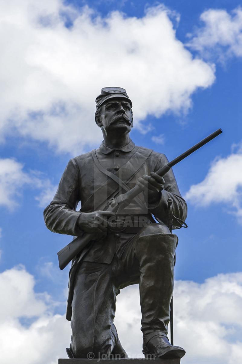 army soldier garden statue,