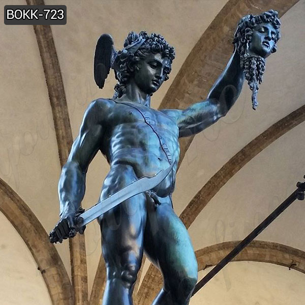 Customized Casting Bronze Perseus Holding the Head of Medusa Sculpture Supplier BOKK-723