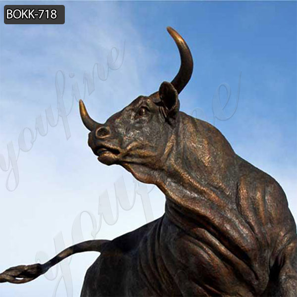 Outdoor Customized Casting Bronze Bull Sculpture for Decor Manufacturer BOKK-718