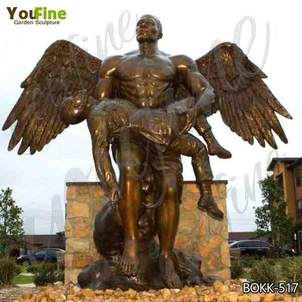 Custom Large Size Bronze Angel Holding Fallen Soldier Memorial Statue Supplier BOKK-517